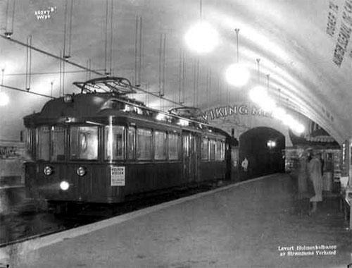 Nationaltheatret stasjon anno 1927/28. Wikipedia