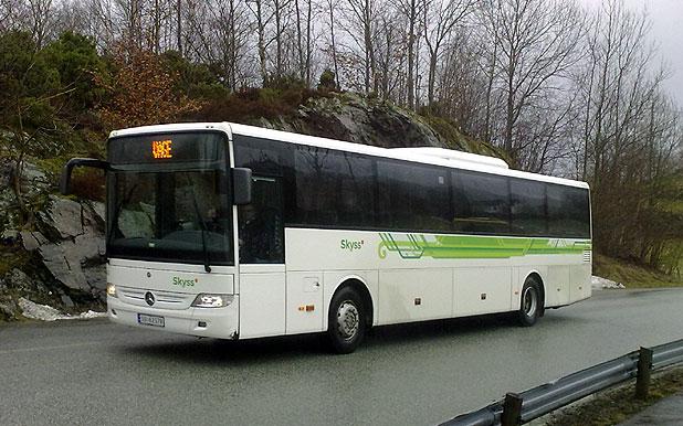 Buss til Våge