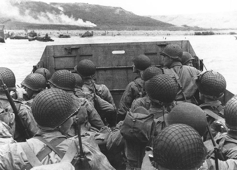 Ilandstigningen i Normandie, på D-dagen, 6. juni 1944. Foto fra Wikimedia Commons.
