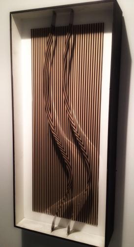 """Multiple"", 1968 Julio Le Parc (1928), Skulptur i tre og metall, 47 x 142 x 16 centimeter."