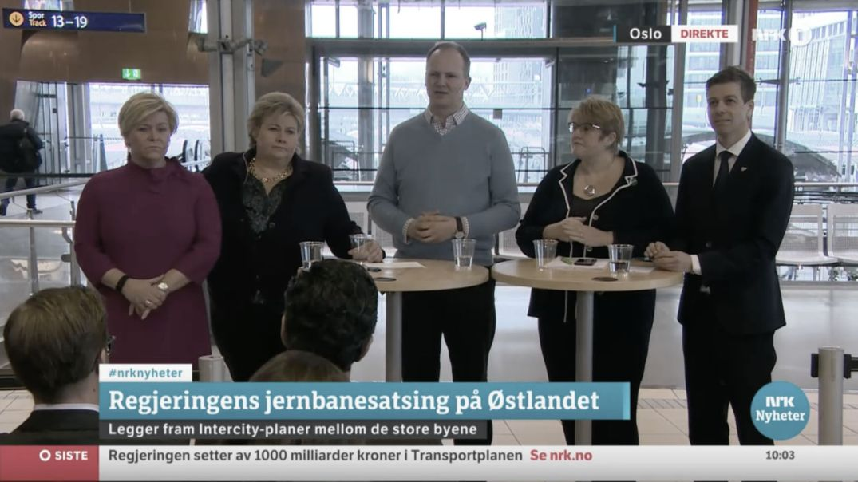 NRK-skjermdump fra Regjeringens pressekonferanse om jernbanesatsingen på Østlandet, torsdag 2. mars 2017.