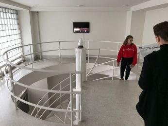 A very Bauhaus staircase.